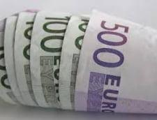 Curs valutar 2 august. BCR si Alpha Bank afiseaza cele mai proaste cotatii pentru principalele valute