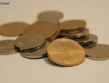 Curs valutar 25 mai: Dolarul isi ia avant
