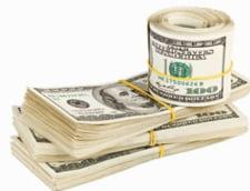 Curs valutar 27 februarie: Euro creste vertiginos - Dolarul, la maximul lunii februarie
