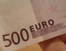 Curs valutar 29 martie: Euro face un pas in fata, iar dolarul scade