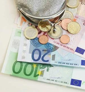 Cursul BNR: 4,2733 lei/euro