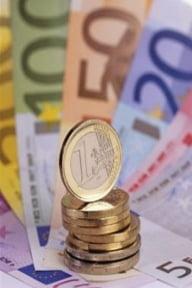 Cursul de referinta a urcat la 4,2862 lei/euro, dupa deprecierea leului din prima parte a zilei