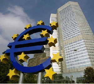 Cursul scade la 4,3120 lei/euro