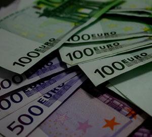 Cursul utilizat la rectificare: 4,24 lei/euro