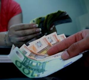 Cursul valutar: 4,2463 lei/euro