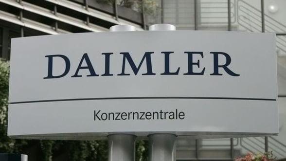 Daimler, compania care investeste la Sebes, raporteaza profit in scadere in primul trimestru