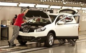 Daimler si Nissan, mutare surpriza: isi fac impreuna o fabrica de un miliard de dolari