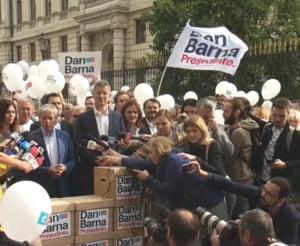 Dan Barna si-a depus candidatura: Romania are nevoie de un presedinte full time. Klaus Iohannis a fost ca un pompier