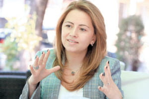 Dan si Nadia Badea, equity partners in Clifford Chance