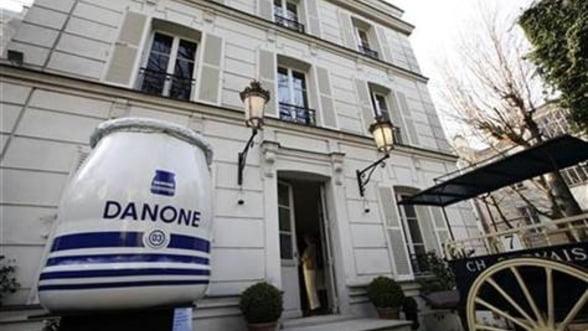 Danone concediaza o parte a managementului