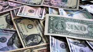 Datele oficiale arata ca economia SUA are cel mai rapid ritm de crestere din ultimii 4 ani. Pe ce s-a bazat cresterea PIB-ului