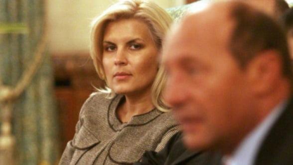 De ce au ales Traian Basescu si Elena Udrea sa devina latifundiari de Calarasi