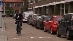 De ce merge premierul Olandei cu bicicleta la birou