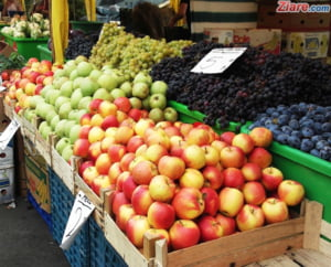 De ce nu mancam fructe romanesti? Livezile sunt de 5 ori mai putine ca in '89