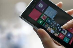 De ce nu renunta Microsoft la piata smartphone-urilor?