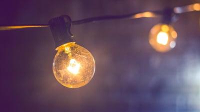 """De ce plafonarea prețului la energie și gaze nu rezolvă problema. Tot consumatorii vor achita nota: """"Va fi o iarnă a suferinței"""""""