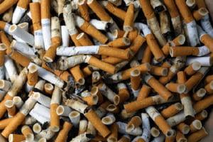 De la 1 aprilie, pensii mai mari, tigari, alcool si medicamente mai scumpe