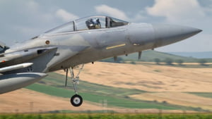 Declinul fabricii Avioane Craiova: Supravietuieste cu 300 de oameni si e ingropata in datorii