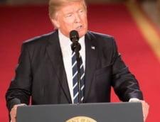 Decretul anti-imigranti al lui Trump a fost blocat de un judecator. Casa Alba ameninta cu o batalie in Justitie
