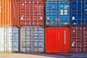Deficitul comercial a crescut cu peste 2 miliarde de euro in primele 9 luni ale acestui an