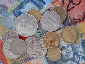 Deficitul de cont curent a scazut anul trecut cu 68,7%