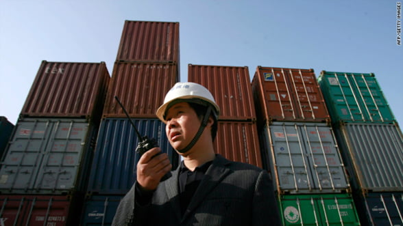 Deficitul fiscal al Chinei scade in 2012