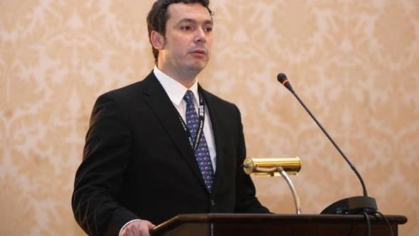 Departamentul de energie si ministerul pentru IMM-uri vor fi alipite de Economie