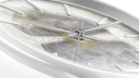Deschide-ti inima catre un accesoriu stilat: ceasul True Open Heart de la Rado