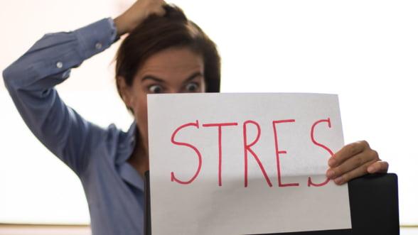 Despre avantajele hipnozei in stresul de zi cu zi, cu Simona Nicolaescu