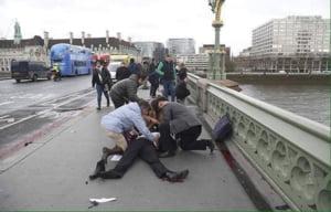 """Detalii despre cei doi romani raniti in atacul de la Londra: Erau turisti, starea femeii e """"relativ critica"""""""