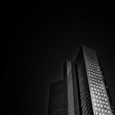 Deutsche Bank a revenit pe profit in 2018 dupa trei ani de pierderi
