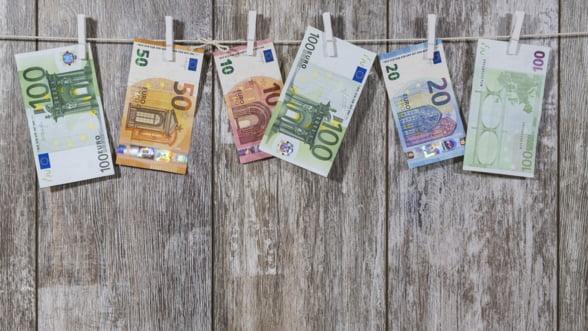 Deutsche Bank este acuzata ca ar fi ajutat clientii sa-si infiinteze firme offshore pentru spalare de bani