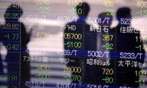 Dezastrul nuclear din Japonia impinge economia in recesiune