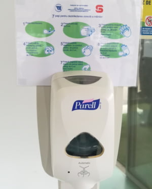 Dezinfectant de maini produs la Sibiu, dupa reteta OMS