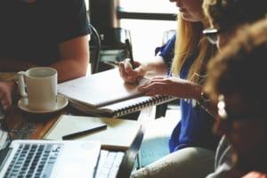 Dilema romanului: ar vrea sa munceasca, dar nu-si cauta de lucru. Ce arata datele INS
