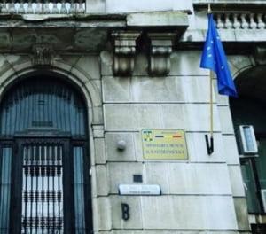 Director in Ministerul Muncii, trimis in judecata pentru mita: A primit o geanta de lux si bani pentru o masina