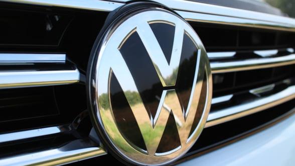 Directorul general al Volkswagen a castigat in 2017 un salariu de mare fotbalist