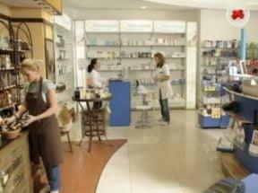 Distribuitorii au facut export paralel, iar farmaciile au inceput sa vanda cartele prepay