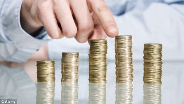 Dobanzile creditelor in lei au coborat la nivelul celor in valuta. Care este moneda de imprumut in 2014