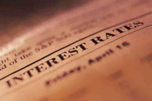 Dobanzile la depozite prind din urma inflatia