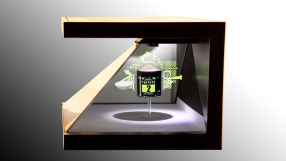 Doi tineri vor sa faca bani din sisteme de prezentare prin proiectie holografica adresate firmelor Video