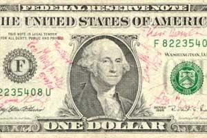 Dolarul american reintra in gratia cumparatorilor !
