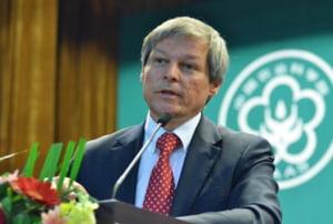 Donald Tusk il felicita pe Ciolos: Sunt increzator ca marile asteptari ale romanilor vor fi concretizate