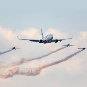 Doua avioane TAROM au plecat spre Londra fara bagaje, pentru ca erau prea grele