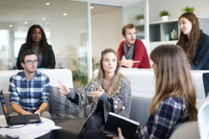 Doua firme din Bistrita anunta concedieri colective la sfarsitul anului