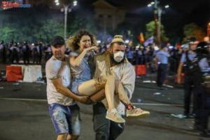 Doua luni de la violentele din 10 august: Ancheta merge greu, PSD vrea sa interzica protestele, Jandarmeria sa-si ancheteze victimele