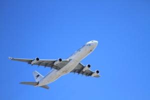 Doua mari companii aeriene din UE suspenda zborurile spre Iran