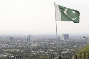 Doua puteri nucleare se confrunta: Pakistanul a doborat doua avioane si a confirmat lovituri aeriene asupra Indiei