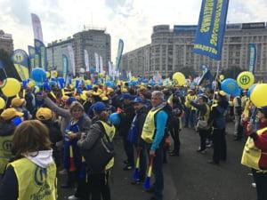 Dragnea, despre revolta bugetarilor: Cei care primesc salarii marite protesteaza. Veniturile pot scadea, nu salariile!