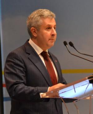 Dragnea si Tariceanu, sefii Parlamentului, au probleme penale. Ministrul Justitiei: Nu-i nimic ilegal in asta, legea permite